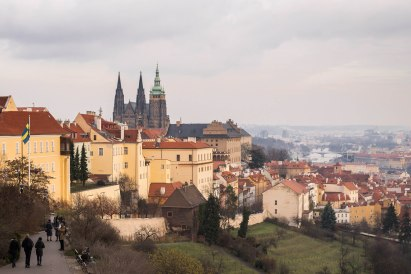 Bajando del Castillo de Praga
