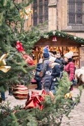 Mercado de Navidad en Plaza Basilica de San Jorge